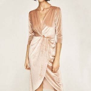 1367fad8 Women Zara Velvet Dress on Poshmark